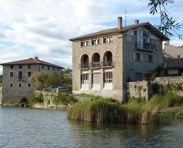 casa-rural-Atostarra-Ibero-Jardin01