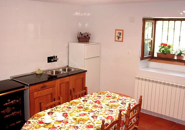 casa-rural-la-morena_cocina_2