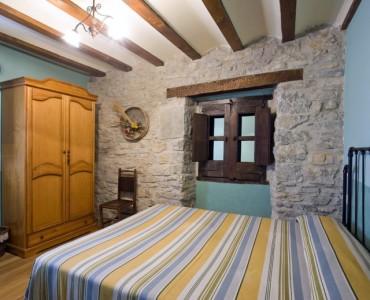 dormitorio-casa-rural-loretxea-navarra-008