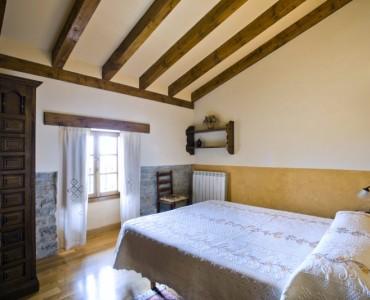 dormitorio-casa-rural-loretxea-navarra-022