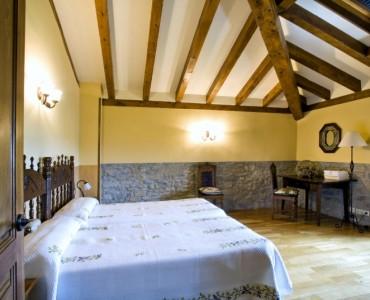 dormitorio-casa-rural-loretxea-navarra-023