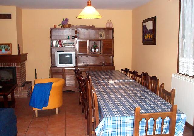 morena_II-Casa-Rural-Navarra-salon