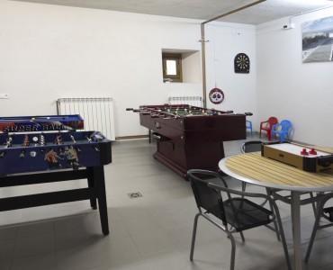 casa-rural-cortea-oteiza-berrioplano-navarra-sala-juegos-01