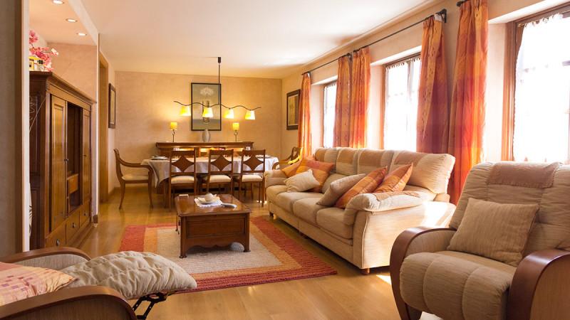 casa-rural-cortea-oteiza-navarra-salon-02-800x450